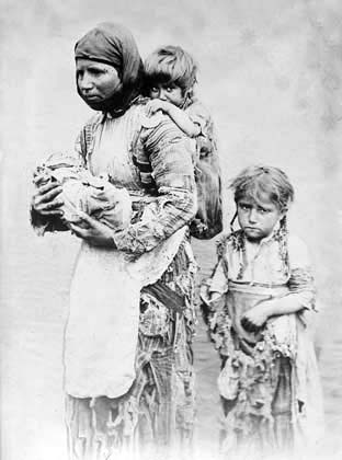A brief look at the first genocide of the 20th century the armenian genocide